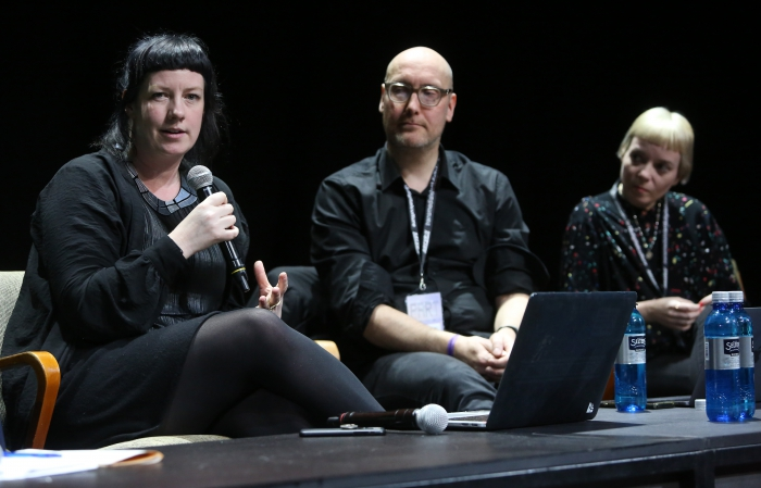 Rosa Menkman, Jussi Parikka, and Nora O Murchú during End to End Closing Discussion