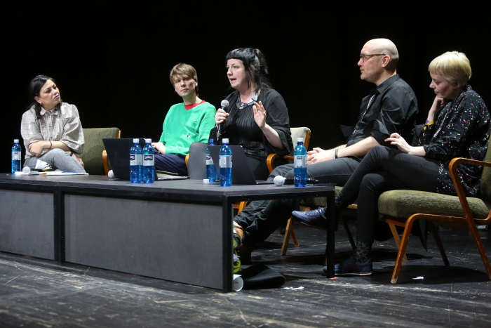 Geraldine Juárez, Kristoffer Gansing, Rosa Menkman, Jussi Parikka, and Nora O Murchú during the End to End Closing Discussion